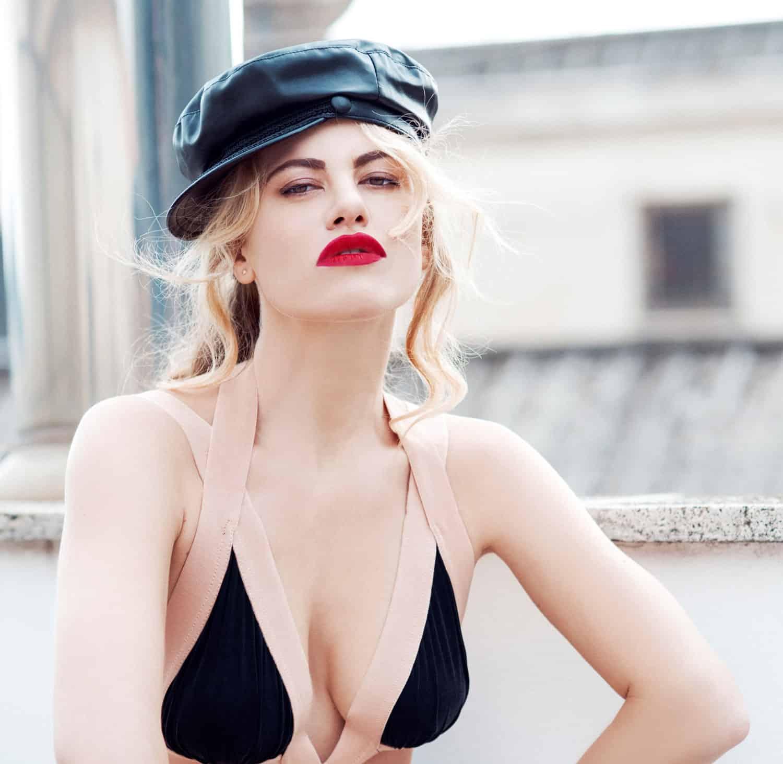 Melania Dalla Costa cappello primo piano di Roberta Krasnig