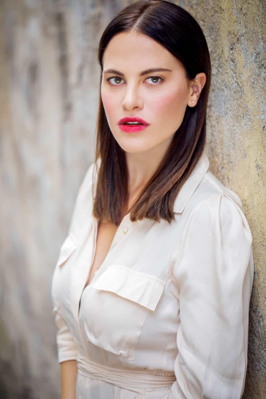 Melania Dalla Costa, mezzobusto del fotografo Roberto Ciccalè