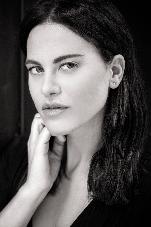 Melania Dalla Costa, attrice, bianco e nero del fotografo Roberto Ciccalè