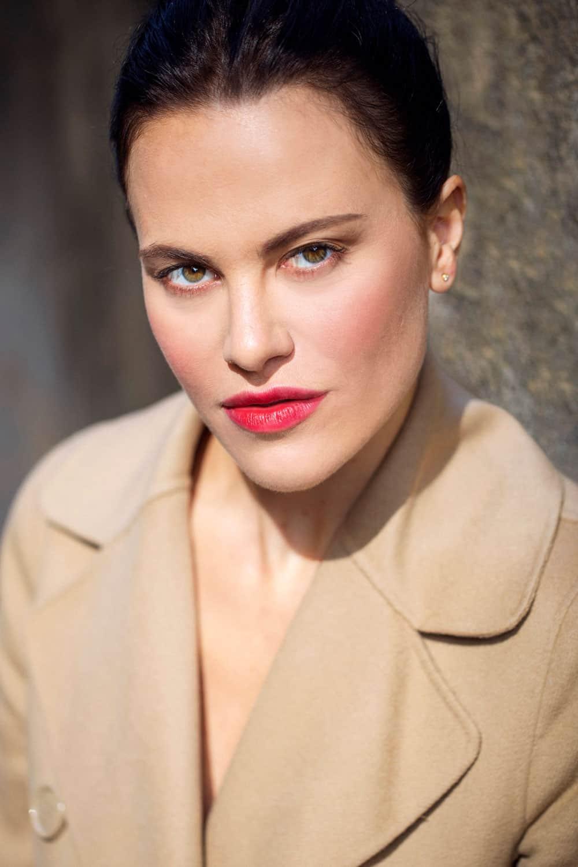 Melania Dalla Costa fotografata da Roberto Ciccalè, primo piano a colori