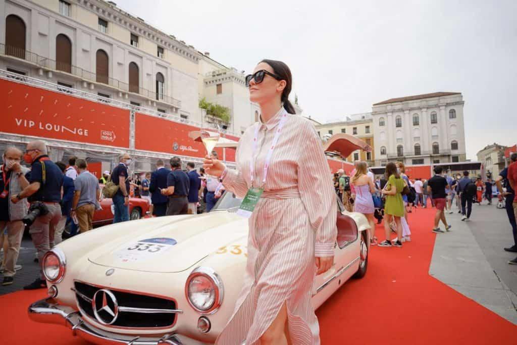 1000 miglia Franciacorta Melania Dalla Costa guida una Mercedes classe S